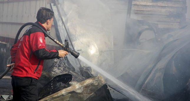 مقتل 40 وإصابة العشرات في قصف روسي على سوق شعبي في مدينة إدلب