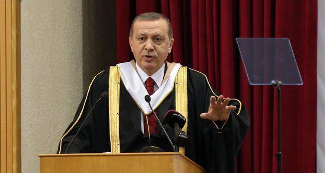 أردوغان يتسلم الدكتوراة الفخرية من جامعة قطر بالدوحة وكالة الأناضول للأنباء