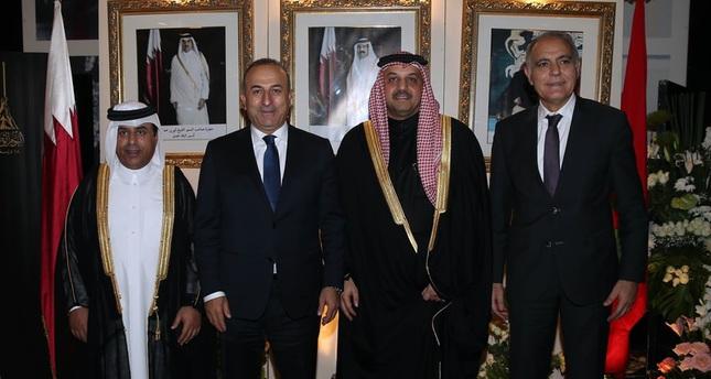 وزير الخارجية التركي مولود تشاووش أوغلو في العاصمة المغربية الرباط برفقة نظيريه المغربي والقطري ( وكالة الأناضول)