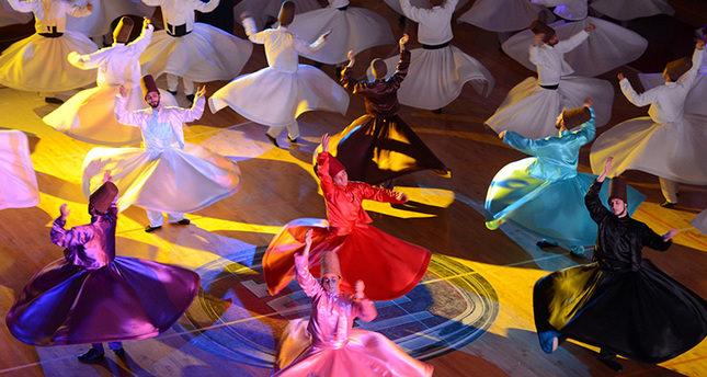 تركيا تحيي ذكرى شبي عروس بالأناشيد والفعاليات الصوفية بمشاركة رسمية