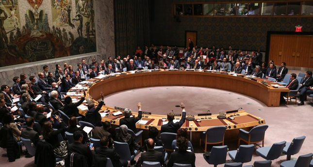 مجلش الأمن يقرر بالإجماع قبول مشروع قرار صاغته واشنطن والولايات المتحدة لتجفيف مصادر تمويل داعش  (وكالة الأناضول للأنباء)