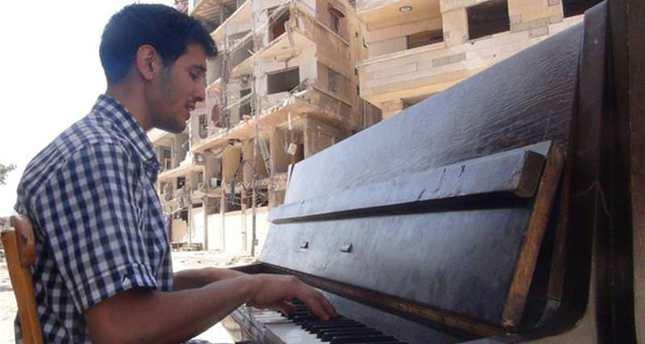 لاجئ فلسطيني من مخيم اليرموك يحصل على جائزة بتهوفين بعد لجوءه الى ألمانيا