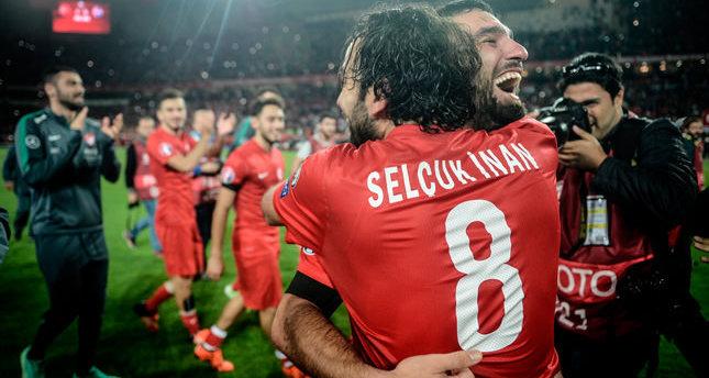اختيار هدف التركي سلجوق إينان كأفضل هدف خلال عام 2015