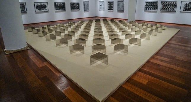 """افتتاح معرض النحات الألماني العالمي """"هاينز ماك في اسطنبول"""