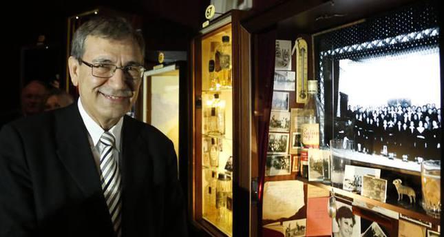 """Nobelpreisträger Pamuk bildet den Roman """"Museum der Unschuld"""" in London nach"""