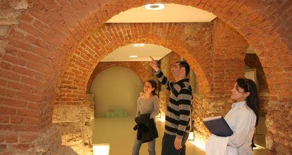 Das Rezan Has Museum, dass mehr als 250 Artefakte und Kunstwerke besitzt, ermöglicht Online-Besuche im Rahmen der Kooperation mit dem Google Cultural Institute. br / br / Besucher können die...