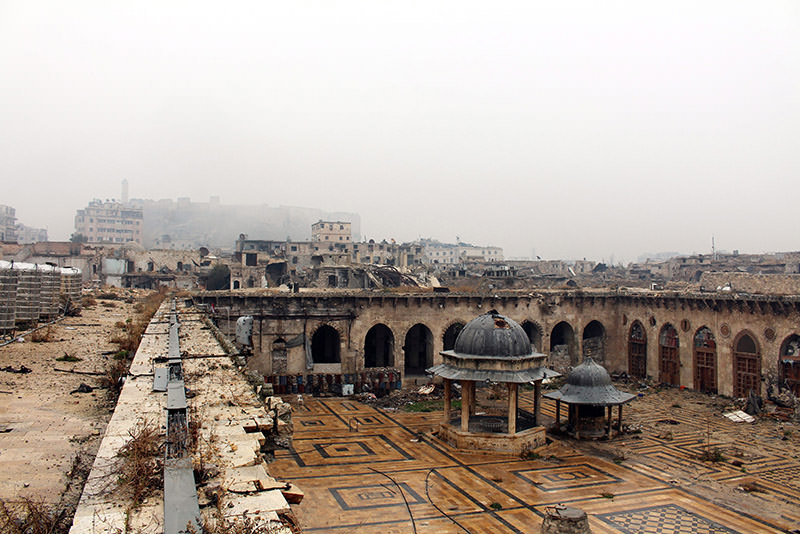 A general view over damages inside the Umayyad Mosque in the eastern neighborhoods of Aleppo, Syria on Dec. 13, 2016. (EPA Photo)