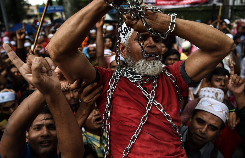 Thousands protests violence against Rohingya in Asian capitals