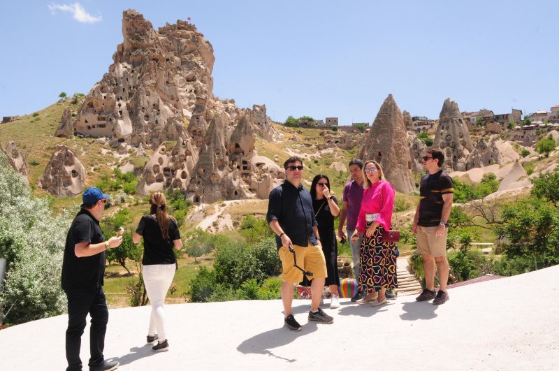 Tourists in Cappadocia, one of Turkey's top tourist destinations. (DHA Photo)