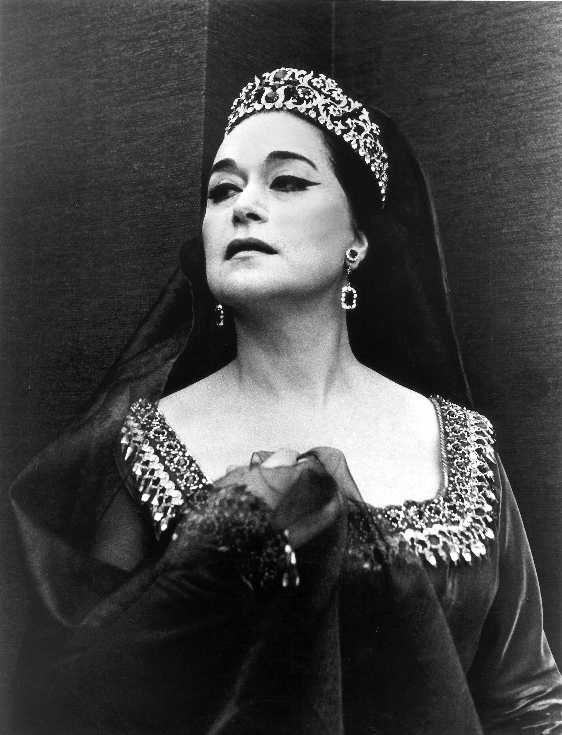 Turkish soprano Leyla Gencer performed at the famous La Scala opera house in Italy for the first time in 1957.