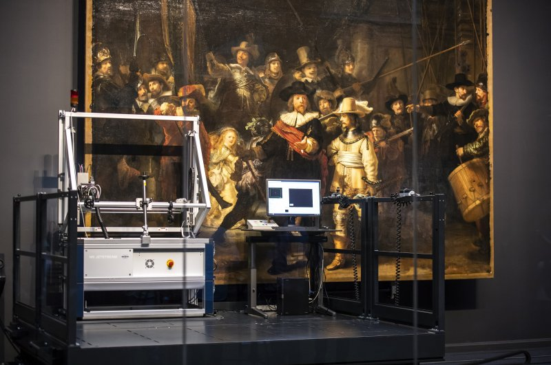 "The restoration work of ""The Night Watch"" can be followed by the public at the museum."