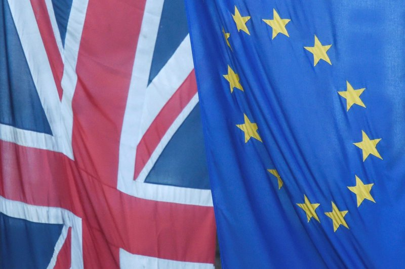 A Union flag flies next to the flag of the European Union in Westminster, London, Britain, June 24, 2016. (Reuters File Photo)