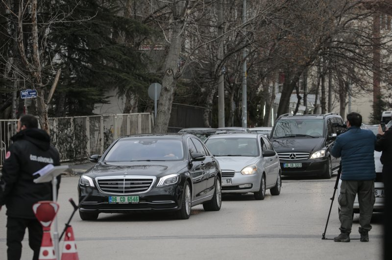 Russian delegation arriving at the campus of the Foreign Ministry (AA Photo)