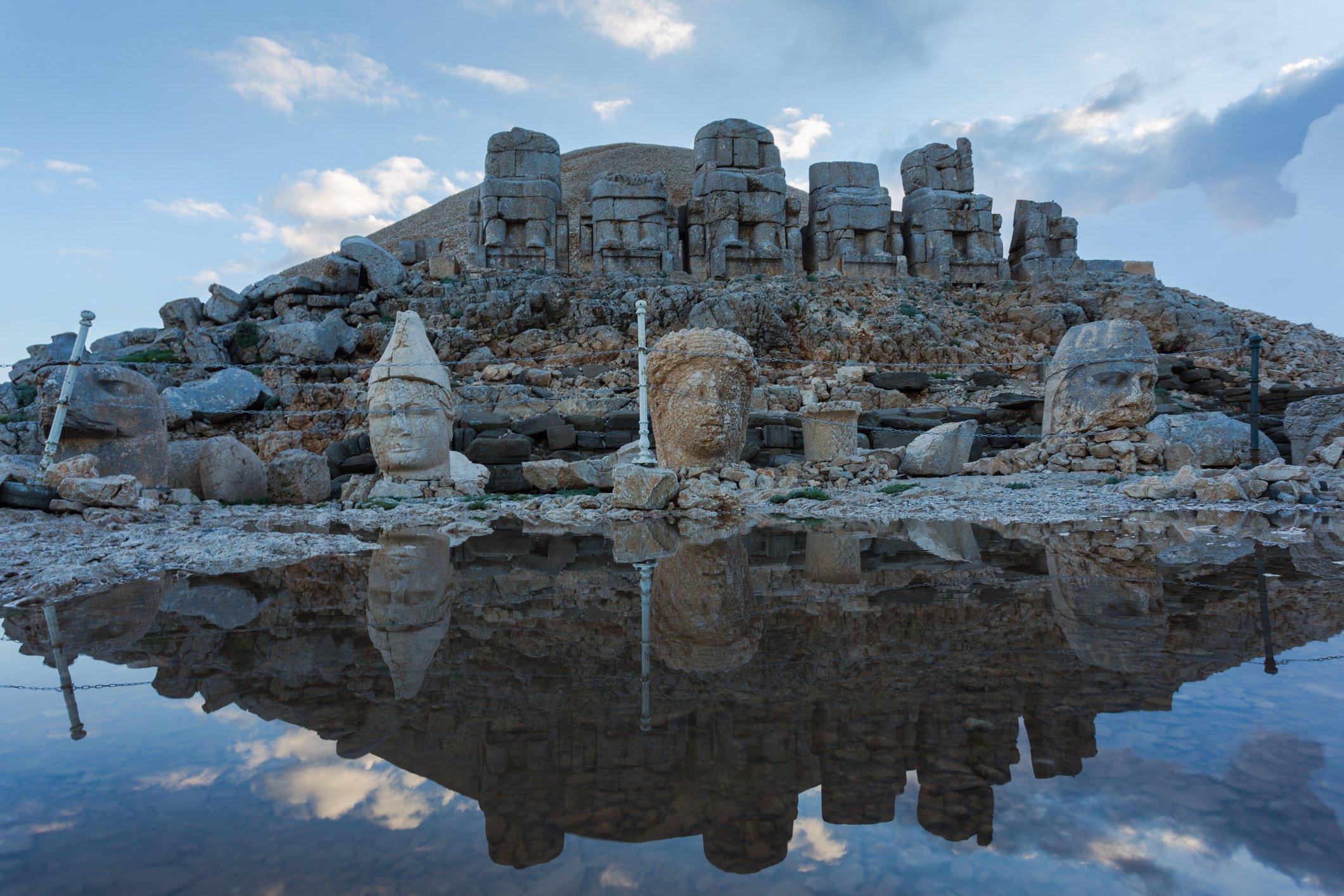 World heritage in Turkey: Nemrut, the Mountain of Gods salutes Anatolia |  Daily Sabah