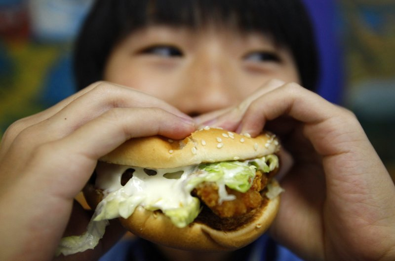 """To win your body's """"battle of the bulge,"""" you need to examine your eating habits. (Reuters Photo)"""