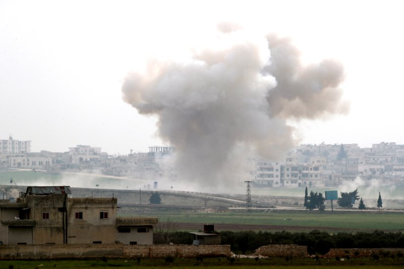 Smoke rises after an attack of the Assad regime and Russia on northwestern Syria, Feb. 28, 2020. (REUTERS Photo)