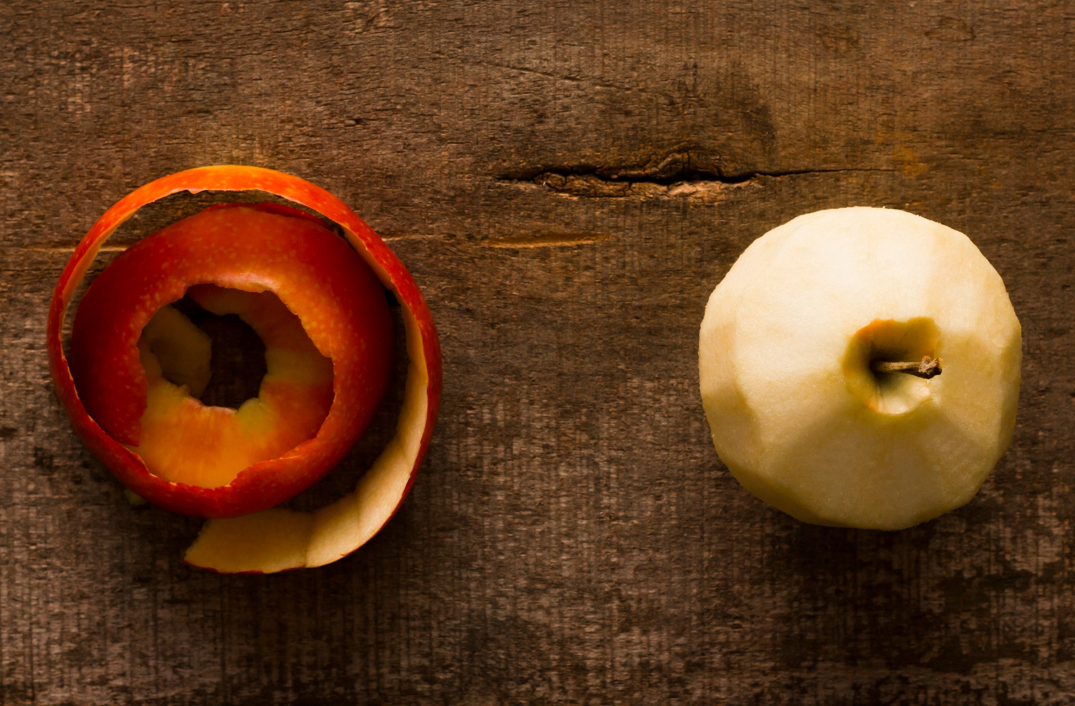 Forgo the tea leaves and simply simmer some apple peels for a delicious hot drink. (iStock Photo)