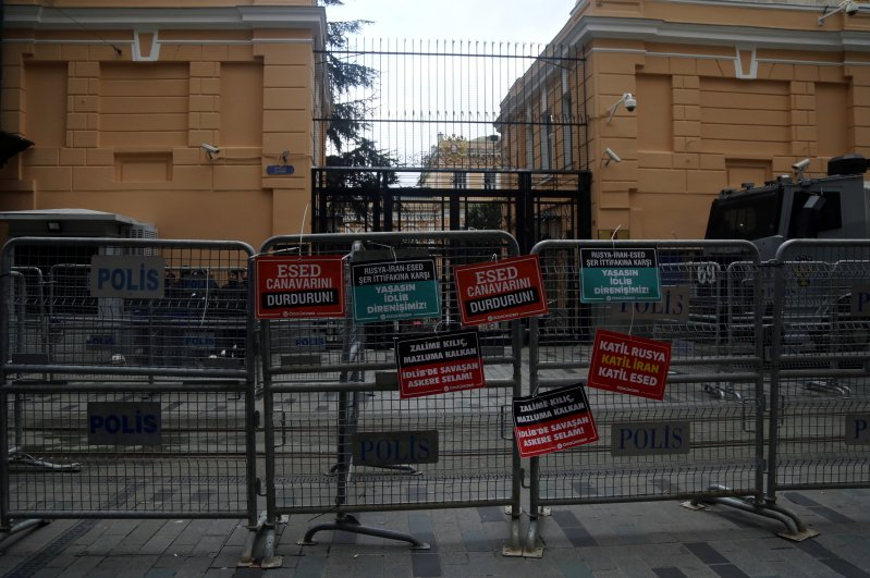 Placards that contain anti-Russia, -Assad and -Iran slogans are attached on security barriers outside the Russian Consulate following a protest against the killing of Turkish soldiers in Syria's Idlib region, Istanbul, Feb. 29, 2020. (REUTERS Photo)