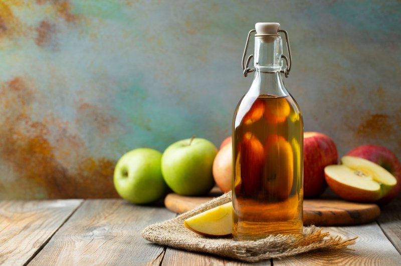 Making your own organic apple cider vinegar at home is healthier and more delicious than store-bought vinegar. (iStock Photo)