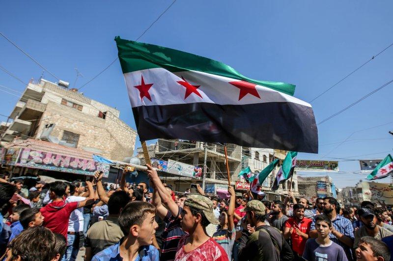 Idlib locals protesting the Assad regime. (AA File Photo)