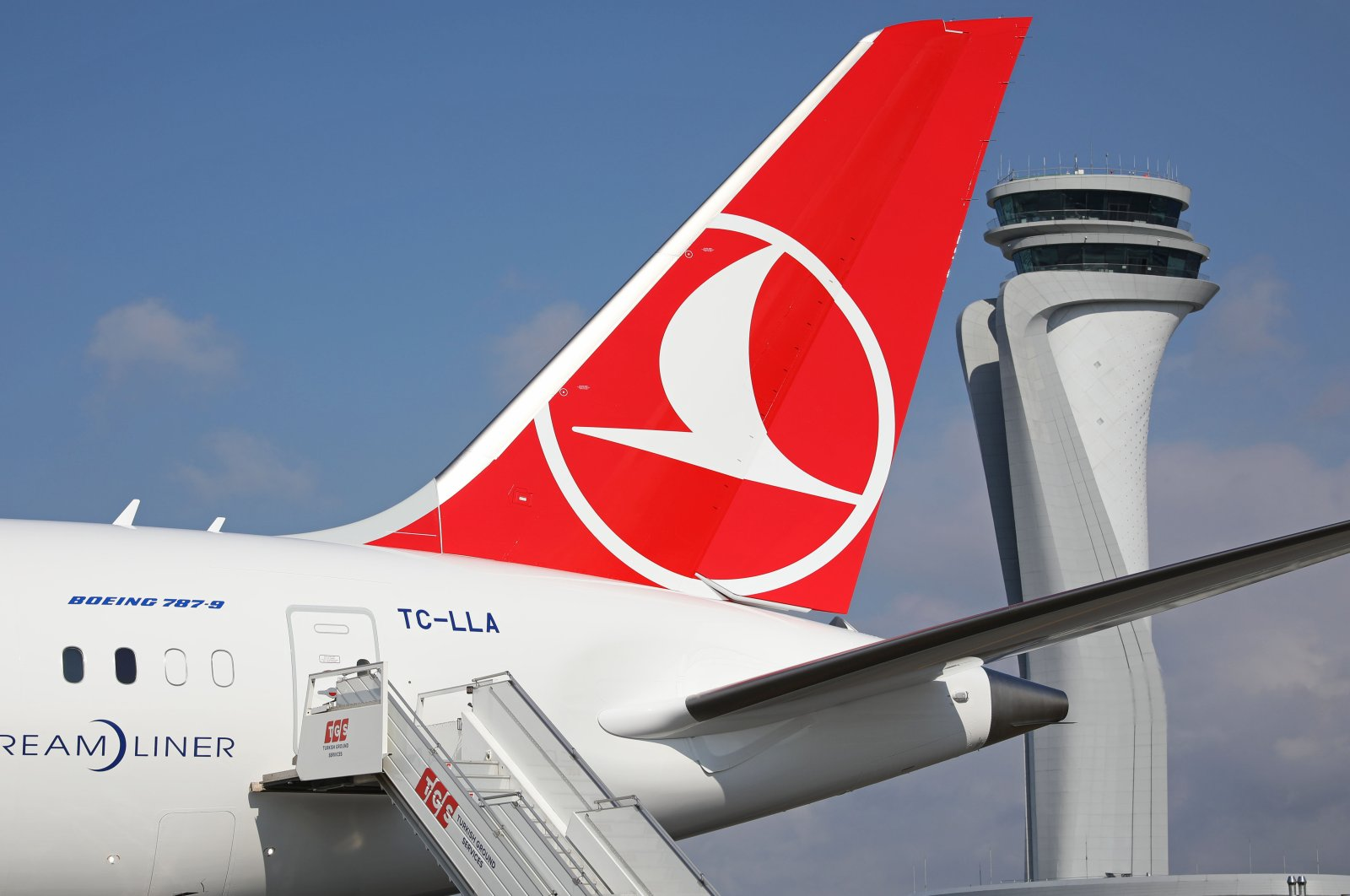 Turkish Airlines' Boeing 787-9 passenger jet seen at Istanbul Airport. (File Photo)