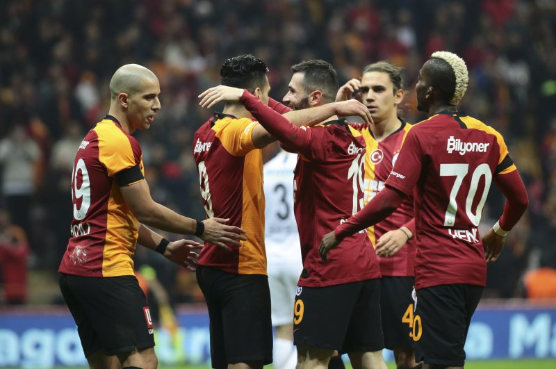 Galatasaray players celebrate a goal against Gençlerbirliği in Istanbul, March 1, 2020. (AA Photo)
