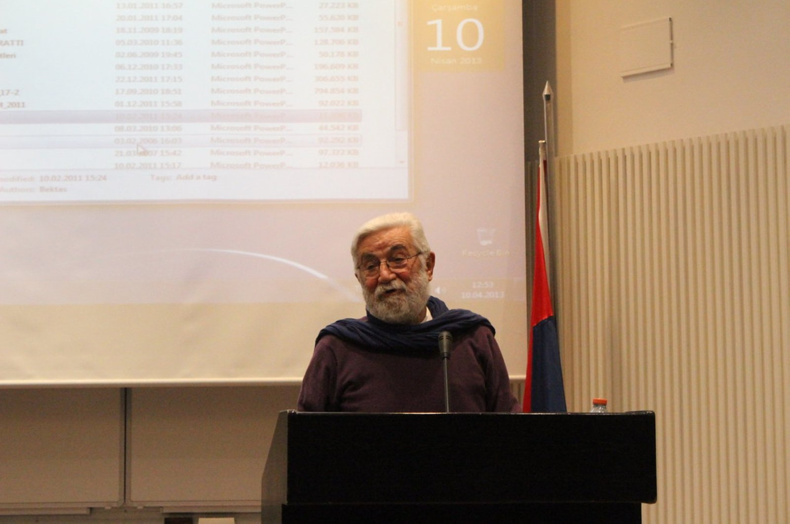 Cengiz Bektaş lectured on the traditional Turkish housing since the early 1970s.