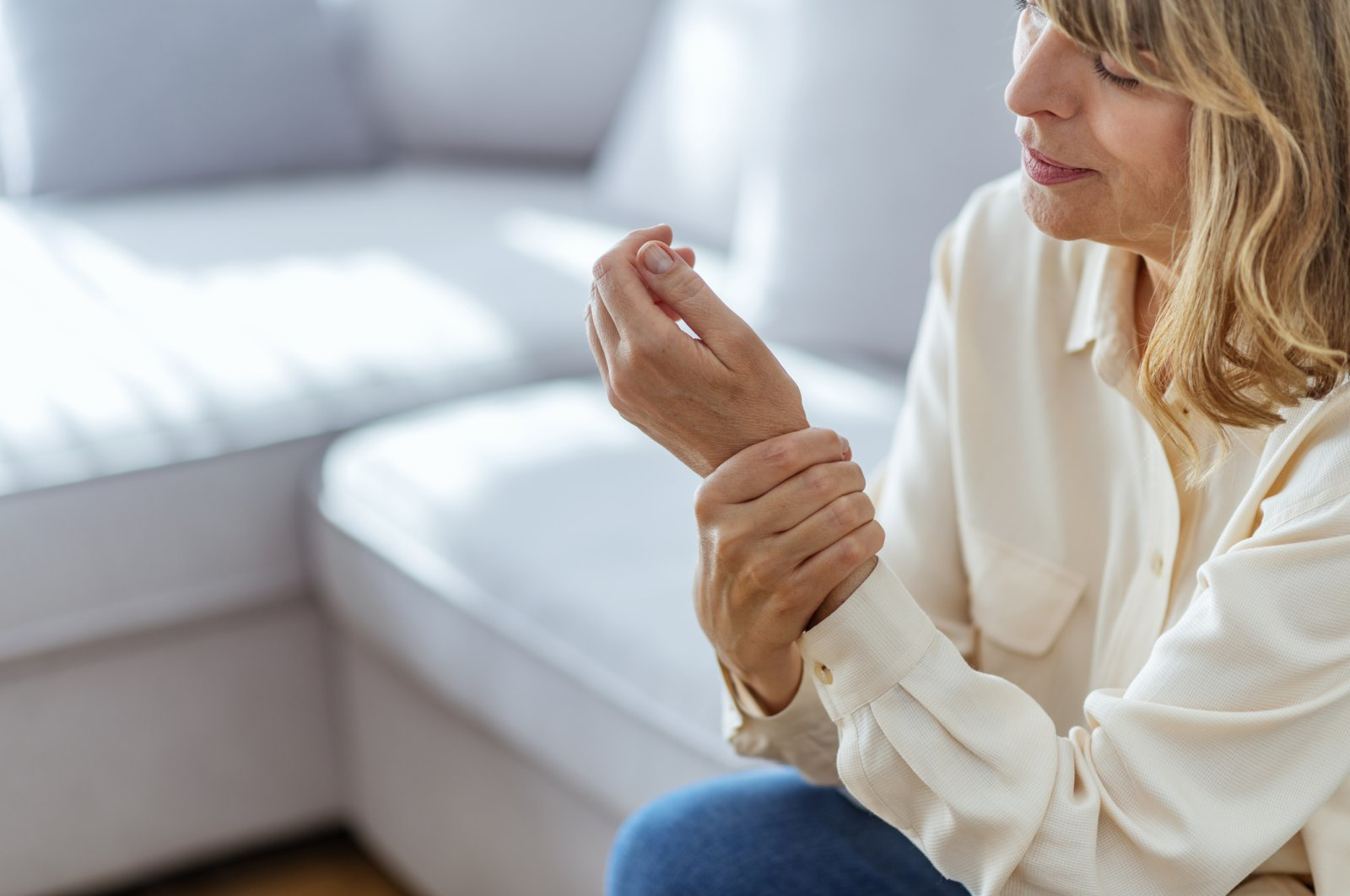 Women's pain is often ignored or serially misdiagnosed. (iStock Photo)