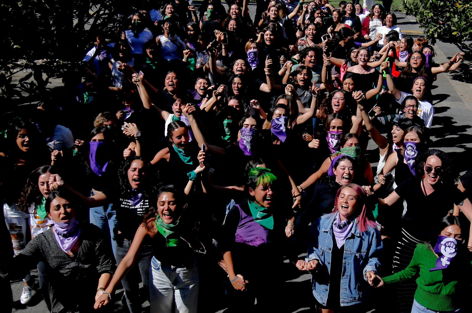 """Students protest against gender violence and patriarchy at the Jesuit University of Guadalajara (ITESO), as part of the start of activities for 8M """"International Women's Day,"""" Guadalajara, March 5, 2020. (AFP Photo)"""