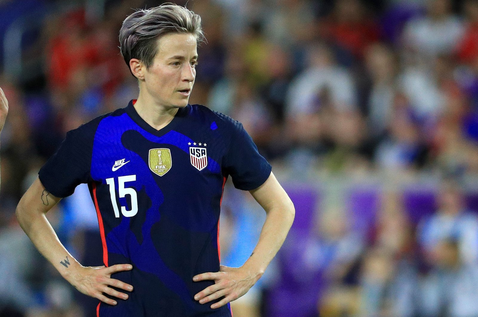 Megan Rapinoe of the U.S. looks on during a match against England in the SheBelieves Cup, March 05, 2020. (AFP Photo)