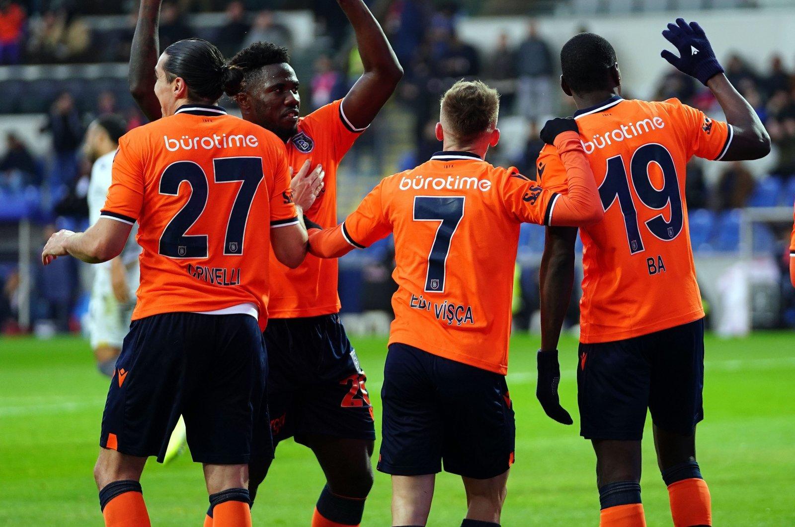 Crivelli, Ba and Visca celebrate after a goal. (İHA Photo)