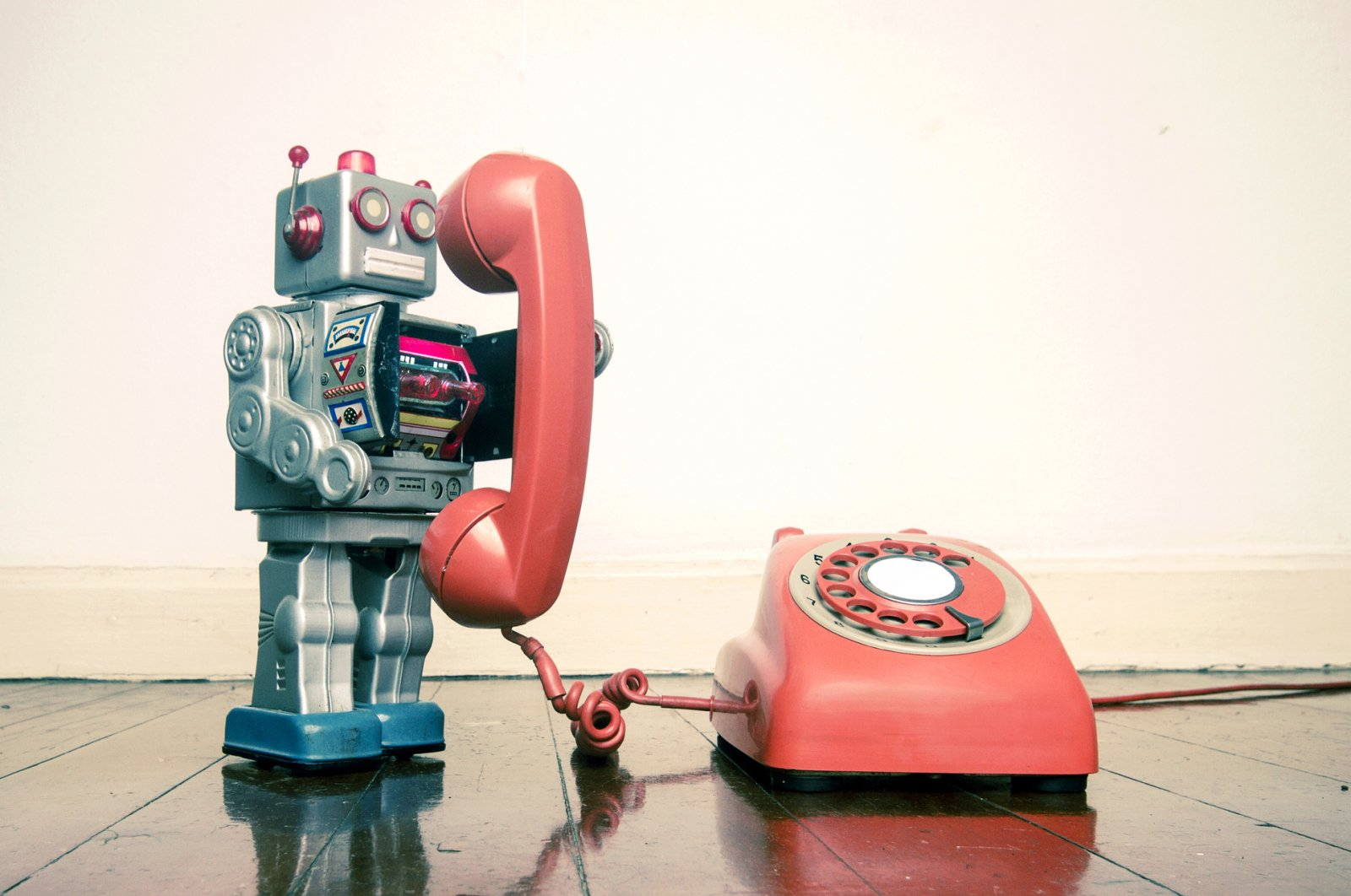 The chatbot market is projected to reach $1.25 billion by 2025 as the technology's importance in customer relationship management is increasing. (Charles Taylor/iStock Photo)