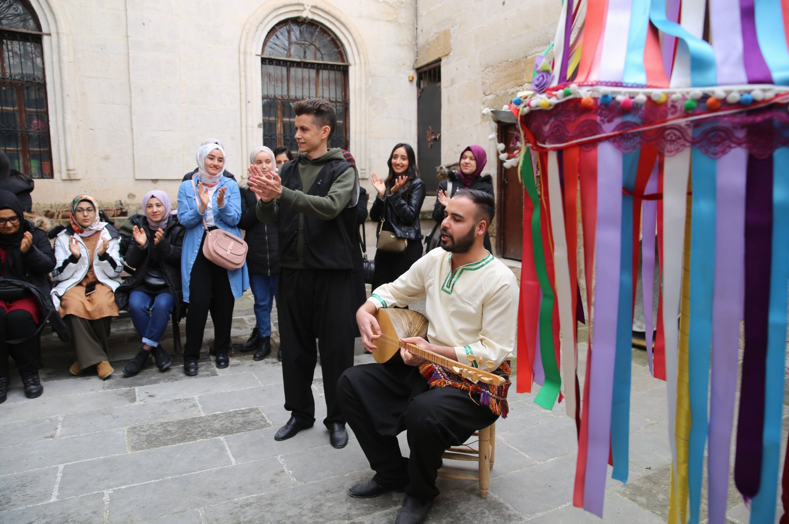 A saz player plays his traditional instrument at the Cappadocia Living Heritage Museum in Avanos. (AA Photo)