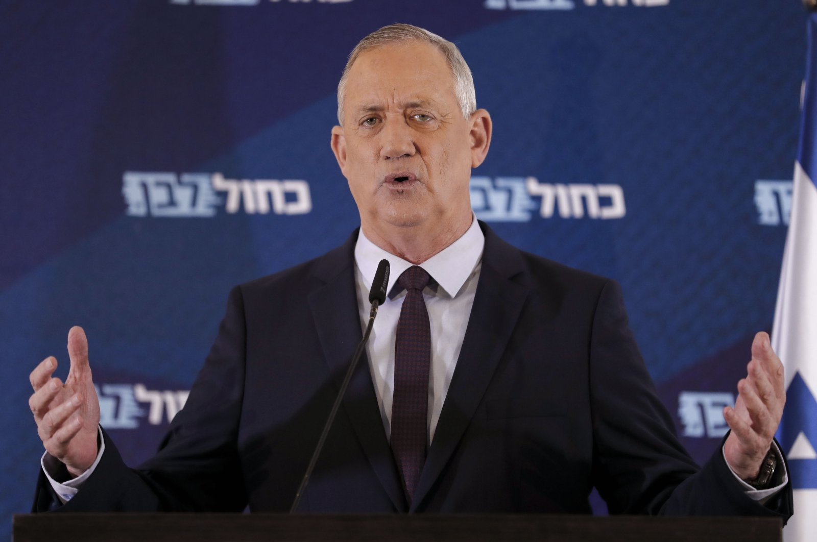 Israel's Blue and White electoral alliance leader Benny Gantz delivers a statement in the central Israeli city of Ramat Gan, March 7, 2020. (AFP Photo)