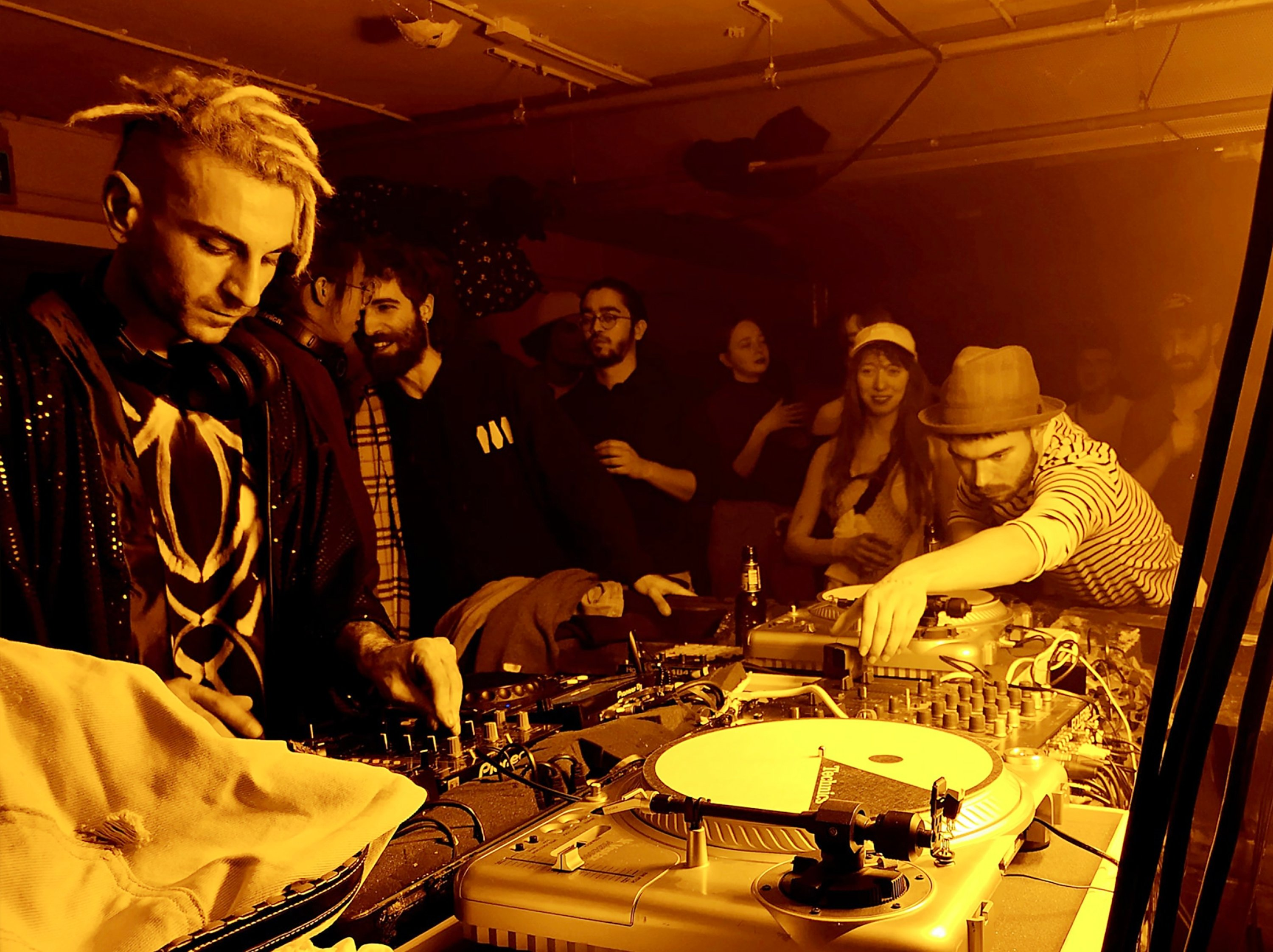 Berk Duygun started to perform as a DJ during his first year in the art academy.