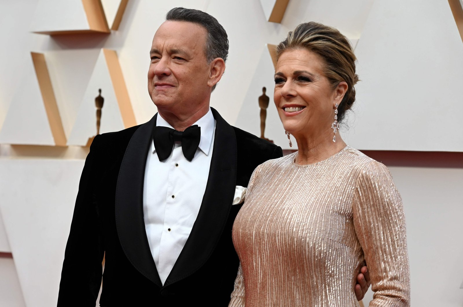 This file photo taken on February 9, 2020 shows US actor Tom Hanks and wife Rita Wilson (R) arriving for the 92nd Oscars at the Dolby Theatre in Hollywood, California. (AFP Photo)