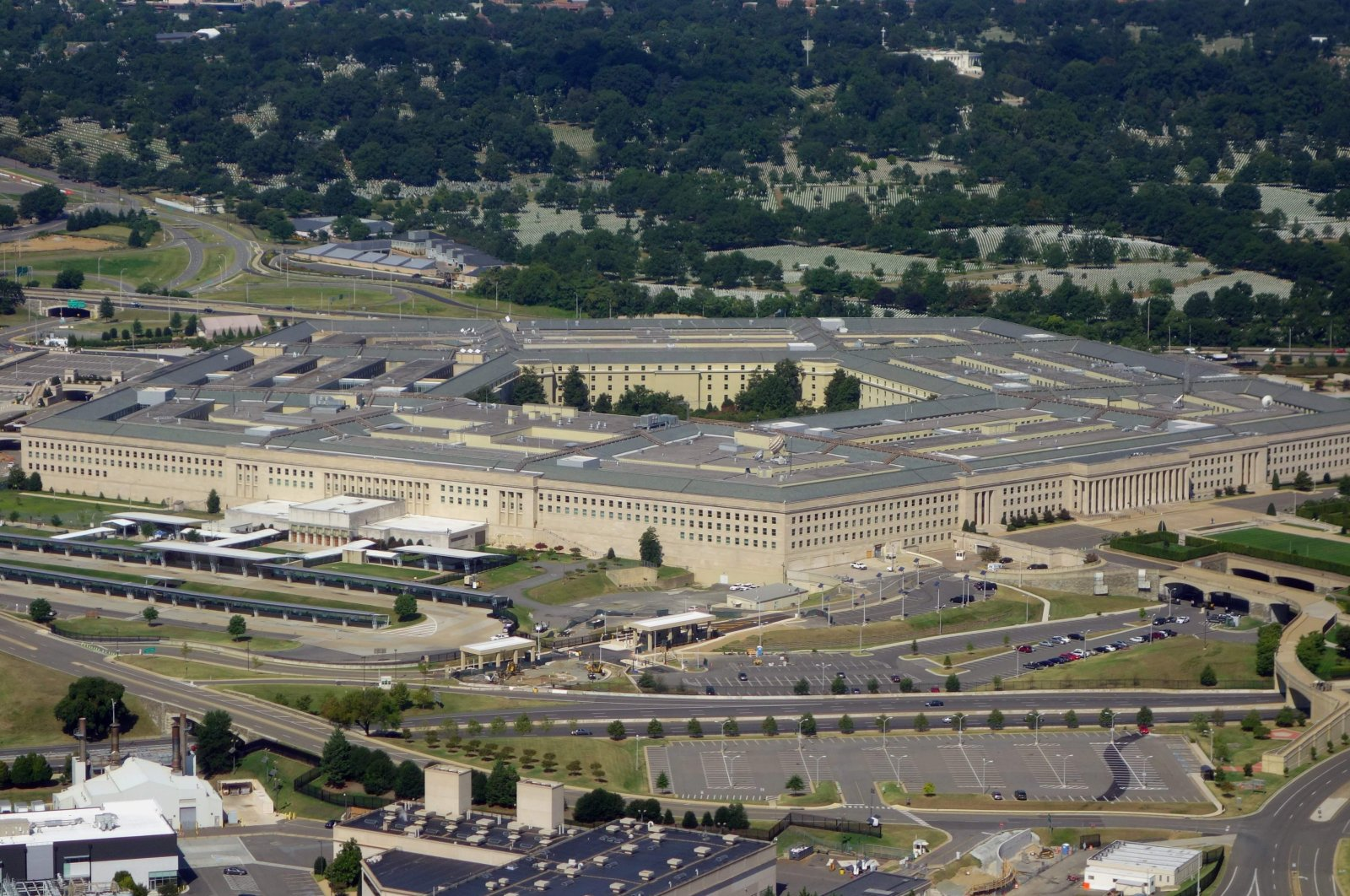 The Pentagon is seen from the air over Washington, D.C., Aug. 25, 2013. (AFP Photo)