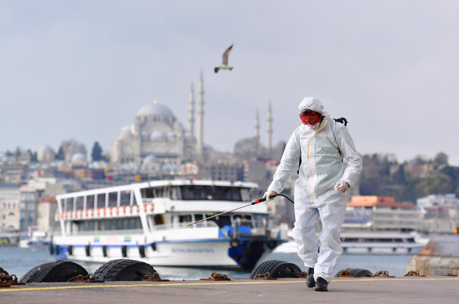 Disinfection efforts in Istanbul's Beyoğlu district (AA Photo)