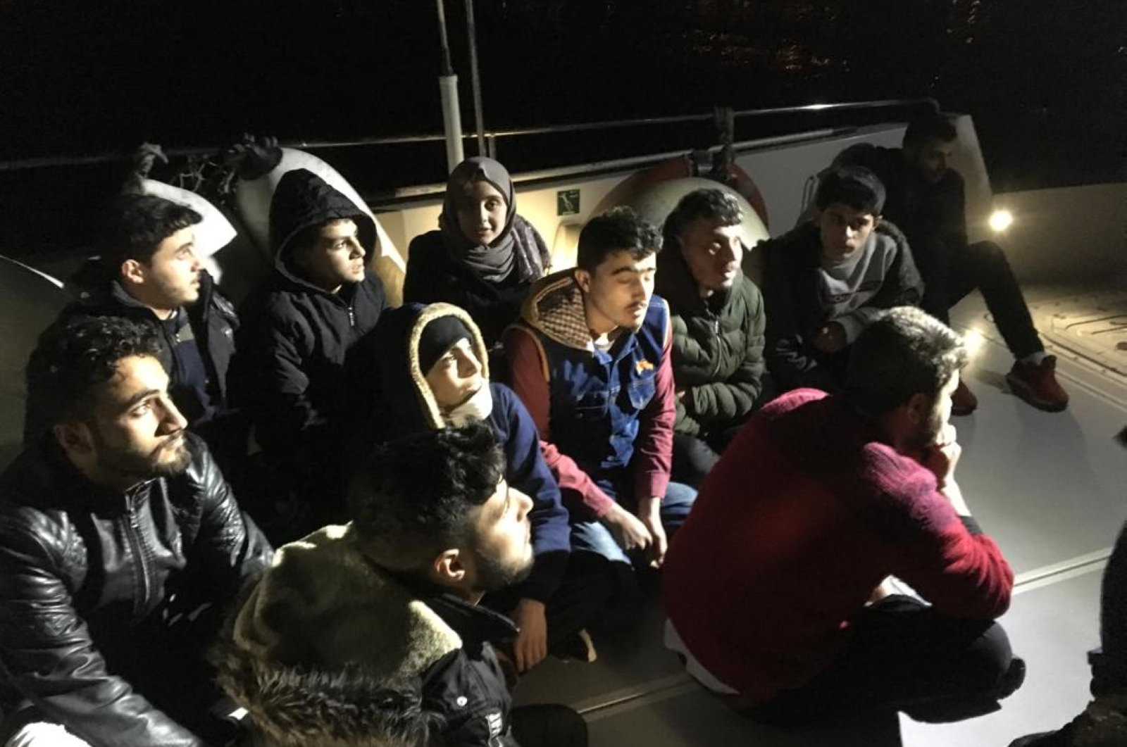 Since Jan. 1, Coast Guard officers have intercepted 5,780 illegal migrants in the Aegean Sea and the vast Aegean coastline stretching from Muğla in the south to Çanakkale in the north. In January alone, 4,062 migrants were stopped in 112 incidents. (AA)