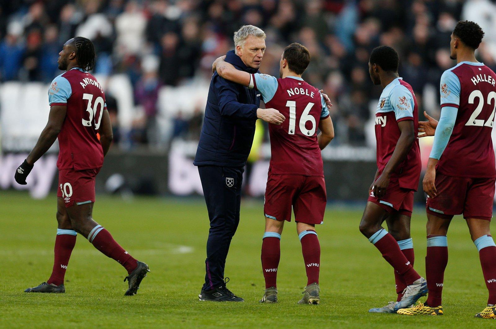 8 West Ham Players Show Coronavirus Symptoms Daily Sabah