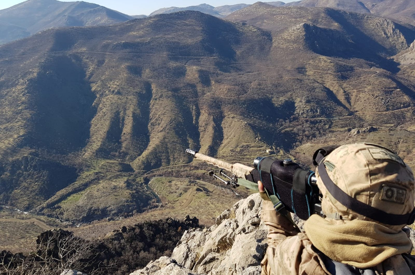 A Turkish soldier participates in a counterterrorism operation in Bitlis province (AA File Photo)