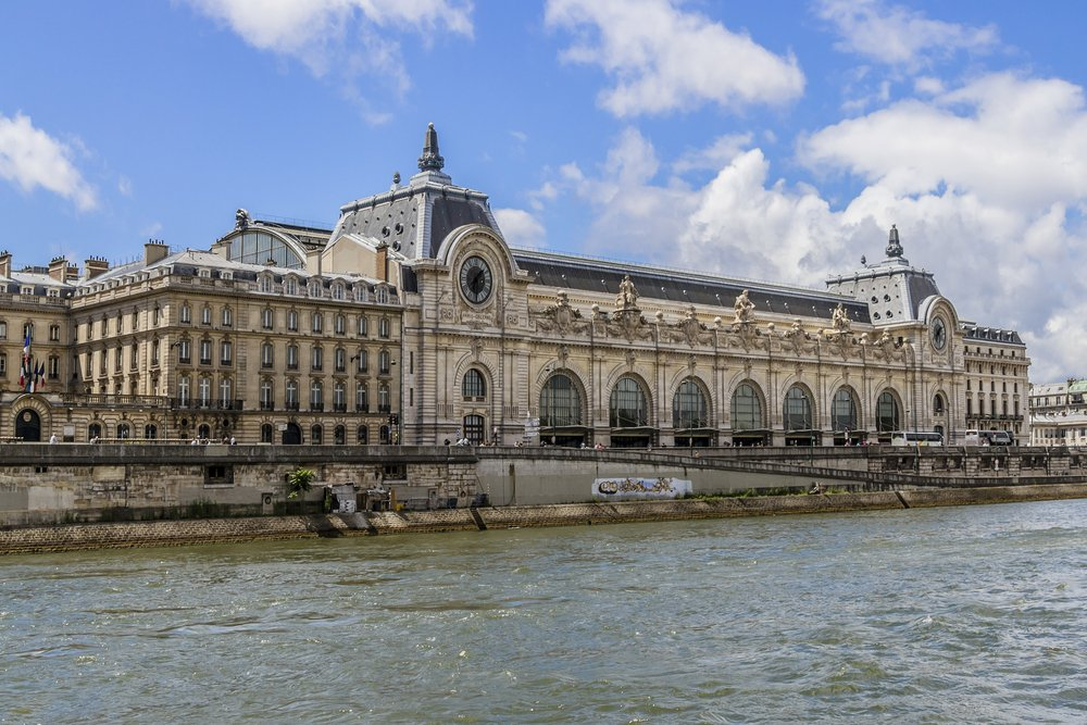 Musée d'Orsay was a railway station in the past.