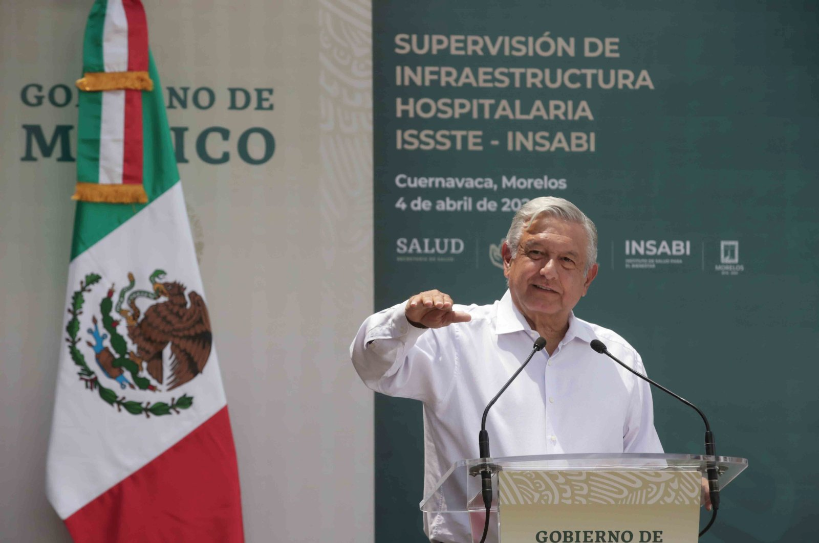 Mexico's President Andres Manuel Lopez Obrador talks to the media after touring a family clinic in Cuernavaca, Morelos, Mexico, Saturday, April 4, 2020. (Reuters Photo)