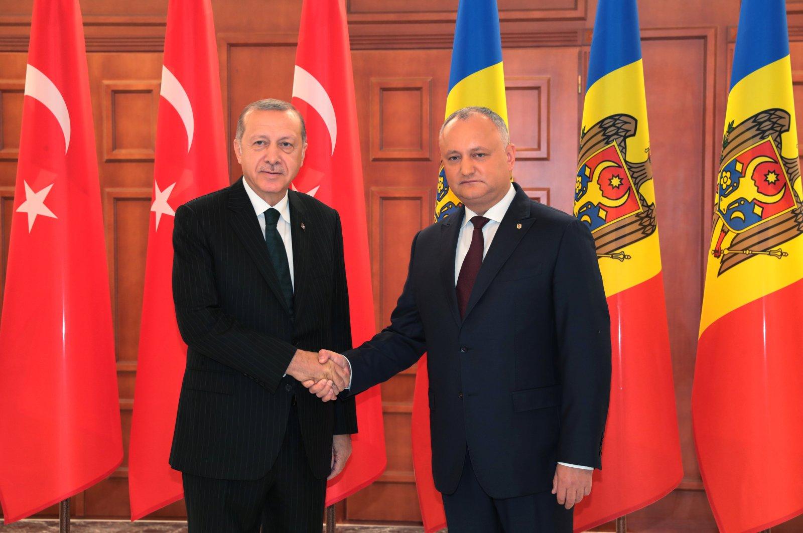 President Recep Tayyip Erdoğan meets with Moldova's President Igor Dodon in Chisinau, Moldova, Oct. 17, 2018. (REUTERS)