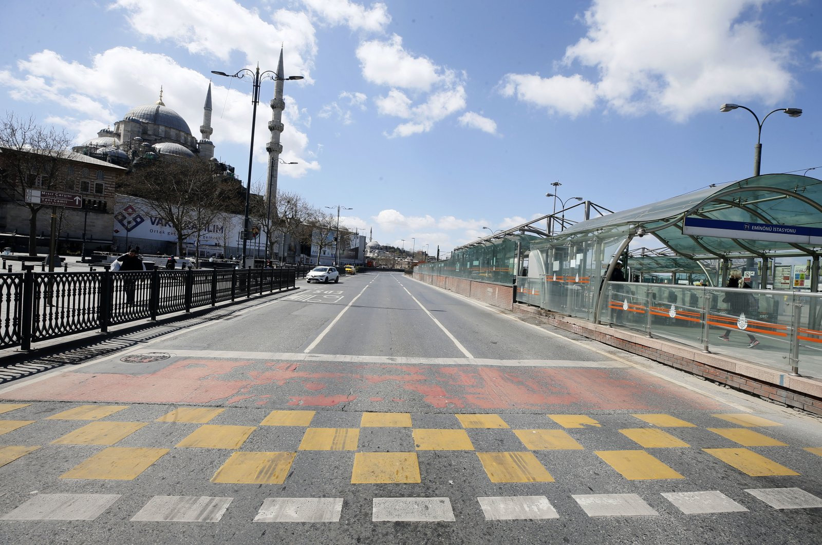 Istanbul's Eminönü, which is usually packed with people, has been nearly empty recently (AA Photo)