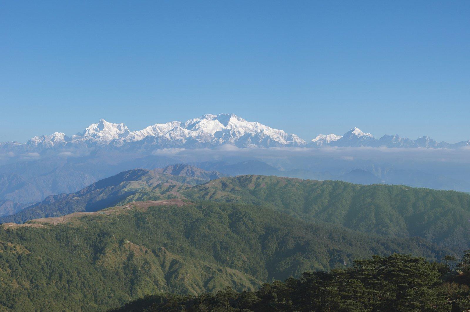 The Kanchenjunga mountain range is seen from Sandakphu, Darjeeling in India. (iStock Photo)