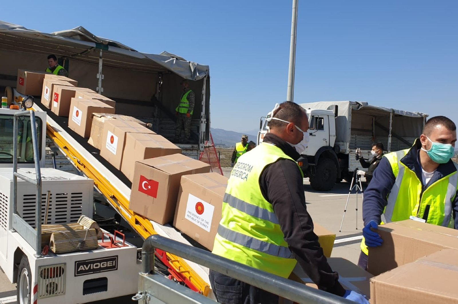 Turkey delivers medical supplies to five Balkan countries to help fight the coronavirus outbreak, April 9, 2020. (İHA Photo)