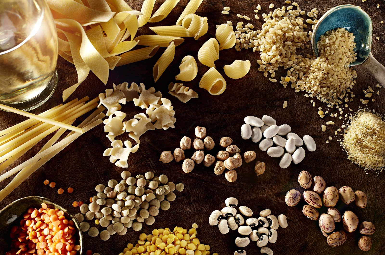 Orders for Turkish packaged legume and ready-to-eat food company's products have increased amid the coronavirus pandemic. (IHA Photo)