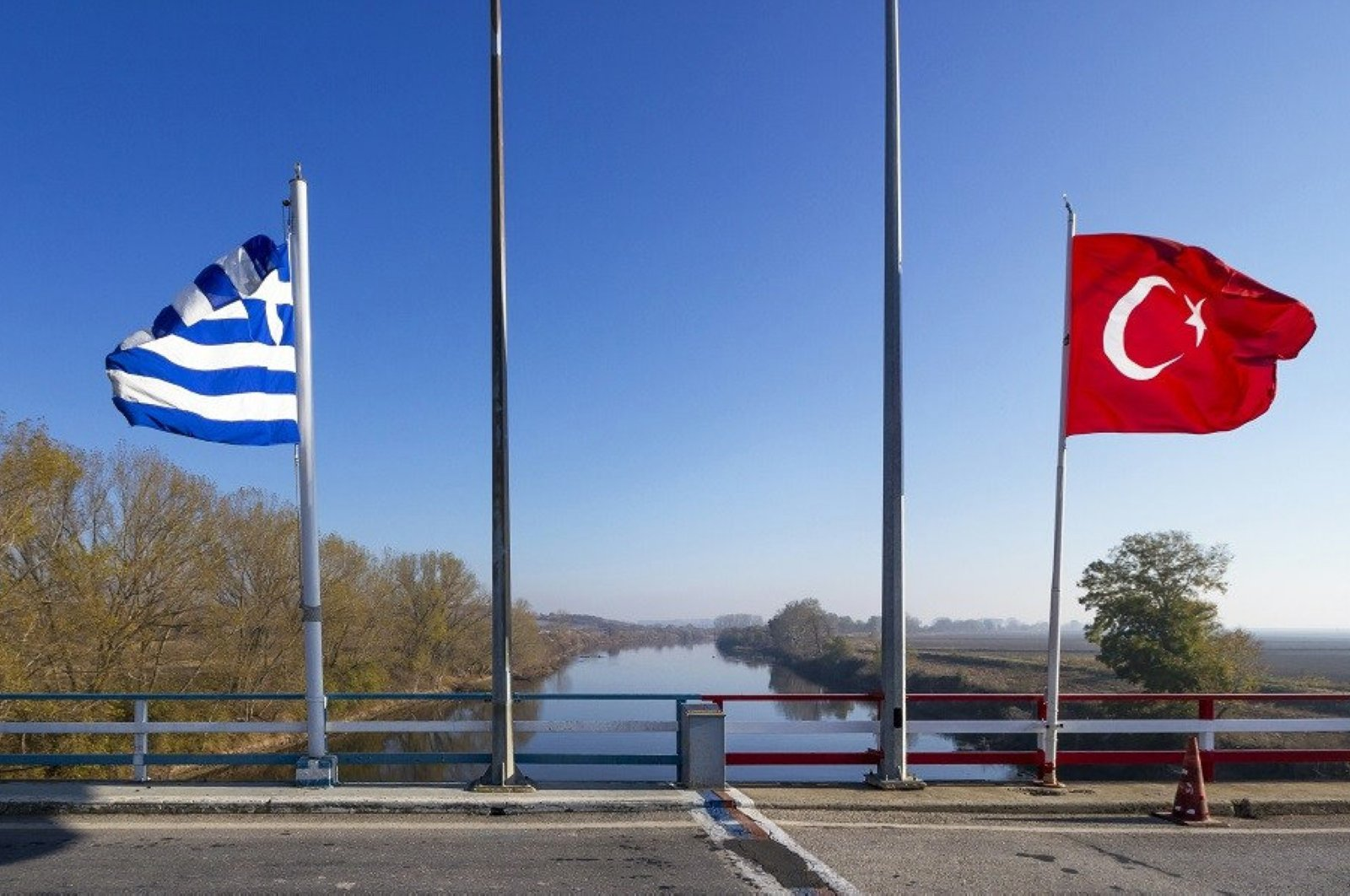 Turkish and Greek flags photographed near the Maritsa River in this undated file photo (AA Photo)