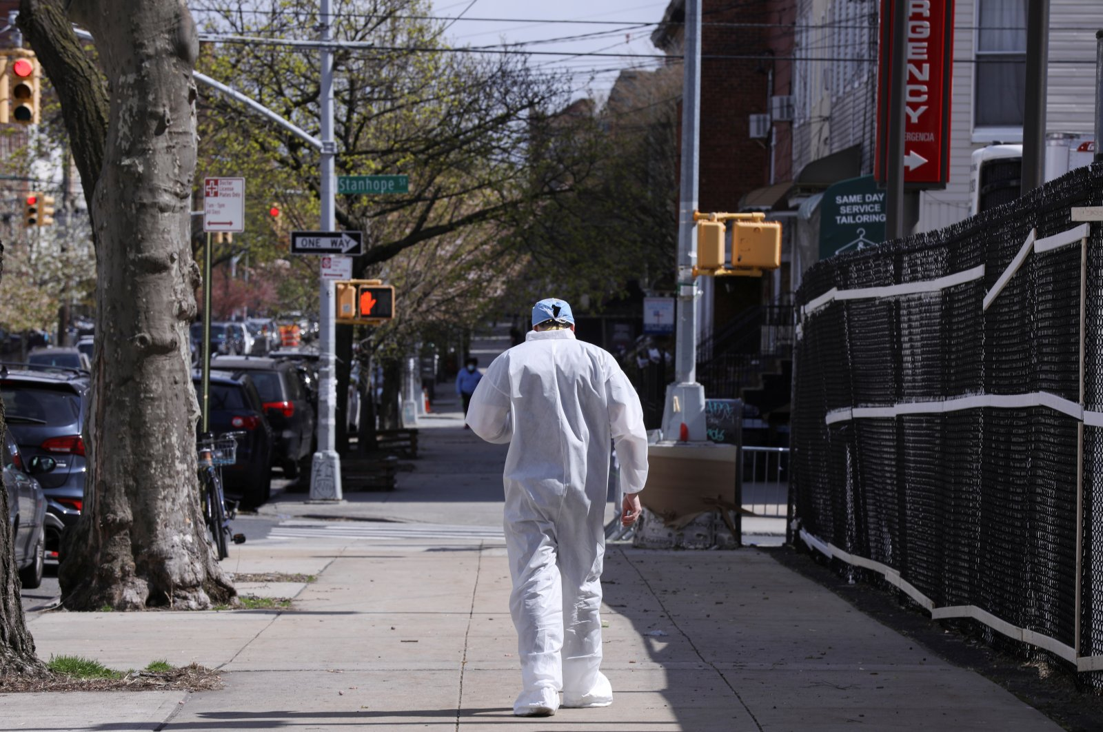 A doctor walks outside the Wyckoff Heights Medical Center in the Brooklyn borough of New York City, New York, U.S., Friday, April 10, 2020. (Reuters Photo)